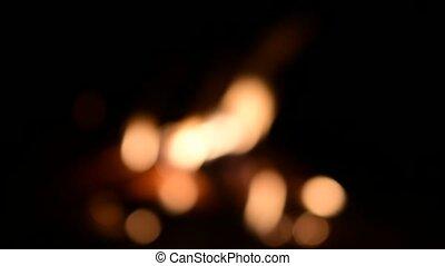beau, flammes, brûler, brouillé, arrière-plan., feu camp, noir, dark.