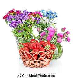 beau, fleur, isolé, fraises, fond, panier, blanc