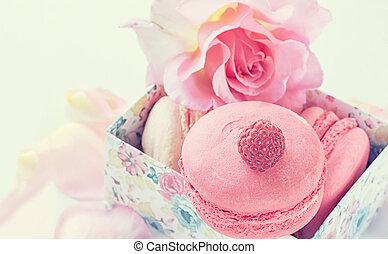 beau, fleurs, espace, dessert, macarons, roses., framboises, fond, guimauves, close-up., copie