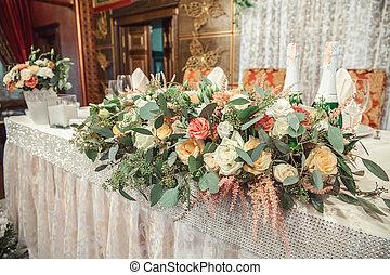 beau, fleurs, sur, table, dans, jour mariage
