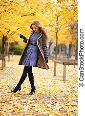 beau, girl, parc, jour, automne
