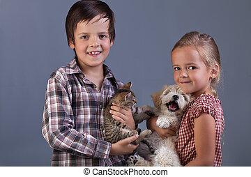 beau, gosses, à, leur, agréable, animaux familiers