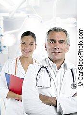 beau, gris, docteur, hôpital, cheveux, compétence, infirmière