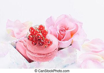 beau, groseilles, dessert, contre, macaronis, roses., fond, guimauves, close-up., fleurs, rouges