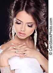 beau, haut., dress., nails., beauté, mariée, jewelry., faire, jeune, girl., mode, manucuré, portrait, blanc
