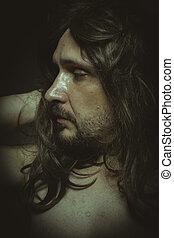 beau, homme, long, cheveux bruns, à, dénudée, sensuelles, et, joli, regarder