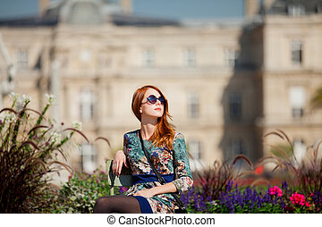 beau, jardin, fille repos, robe, chaise, luxemburg