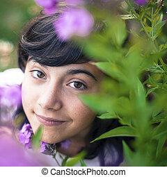 beau, jardin, jeune, flowers., portrait, girl