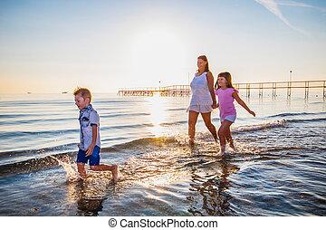 beau, jeu, mer, elle, maman, enfants