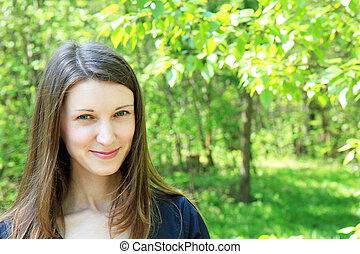 beau, jeune, arrière-plan vert, girl, végétation