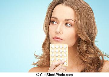 beau, jeune femme, à, médicament