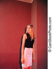 beau, jeune femme, long, naturel, cheveux, rue