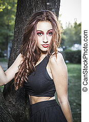 beau, jeune femme, outdoors., jouir de, nature., pré