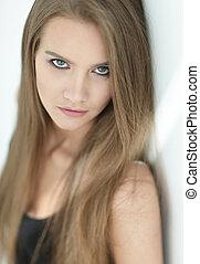 beau, long visage, cheveux, girl, closeup.