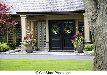 beau, maison, entrée, à, fleurs