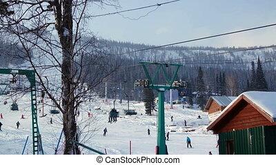 beau, montagne, neigeux, ascenseur, station, ski