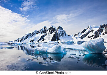 beau, montagnes, neige-couvert