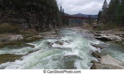 beau, montagnes, paysage rivière, écoulement