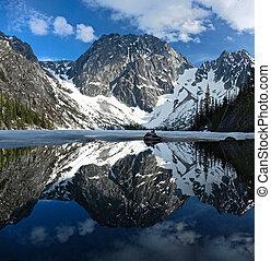 beau, montagnes, rocheux, calme, clair, neige, eau,...