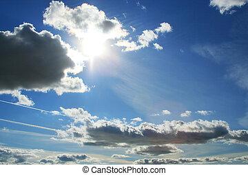 beau, nuages, et, soleil, sur, ciel bleu