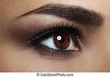 beau, oeil femelle, makeup., gros plan