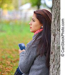 beau, parc, automne, téléphone, messagerie, girl