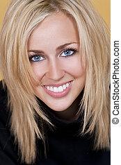 beau, parfait, femme, jeune, blonds, dents, sourire, heureux