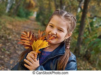 beau, peu, automne, amusement, girl, avoir