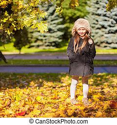 beau, peu, pré, ensoleillé, automne, automne, girl, jour