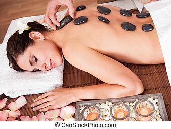 beau, pierre, femme, obtenir, jeune, chaud, thérapie