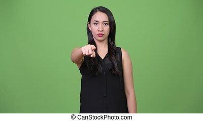 beau, pointage, femme affaires, jeune, appareil photo, asiatique