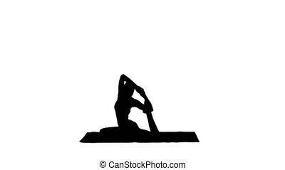 beau, porter, femme, silhouette, exercise., roi, pose, pada, ou, pigeon, jeune, jambes, une, pilates, eka, yoga, rajakapotasana., vêtements de sport, rouges