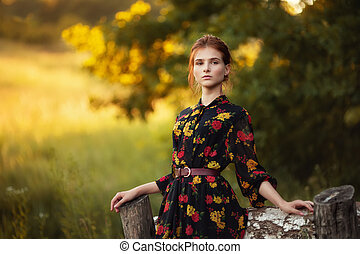 beau, portrait, femme, jeune, dehors