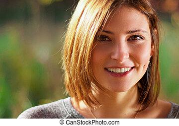 beau, portrait, sourire, jeune