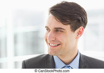 beau, regarder, sourire, homme affaires, loin