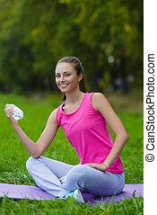 beau, reposer, femme, athlète, eau, extérieur, fitness, boire