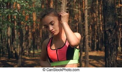 beau, reposer, girl, forêt, athlétique