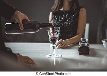 beau, restaurant, couple, jeune, luxe, lunettes, vin rouge