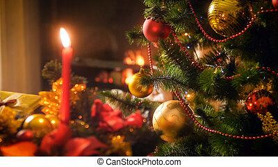 beau, salle de séjour, brûlé, image, arbre, contre, closeup, décoré, cheminée, noël