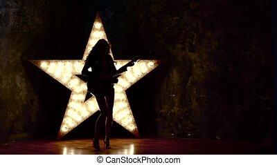 beau, salle, lent, silhouette, électrique, mouvement, guitare, musique, sexy, girl, jouer