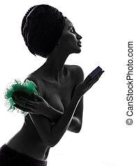 beau, silhouette, femme, lavage, tenue, isolé, jeune, serviette, accessoires, studio, asiatique, fond, emballé, portrait, blanc, une