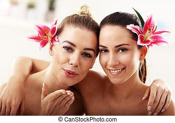beau, spa, deux femmes