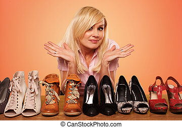 beau, sur, chaussures, deccision, confection, blond