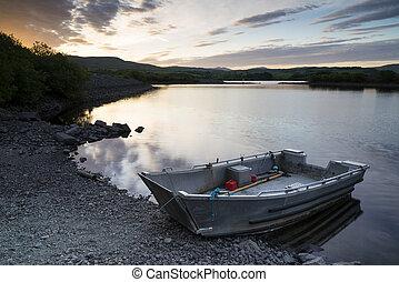 beau, sur, lac, levers de soleil, rivage, calme, bateau, morose