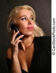 beau, téléphoner femme