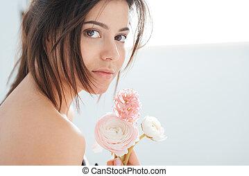 beau, tendre, fleurs, femme, jeune