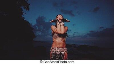 beau, tribal, danseur, ventre, dehors
