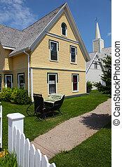beau, vieux, maison jaune, dans, été