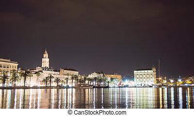 beau, ville, vieux, croatie, fente, night., vue