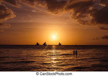 beau, voiliers, coucher soleil